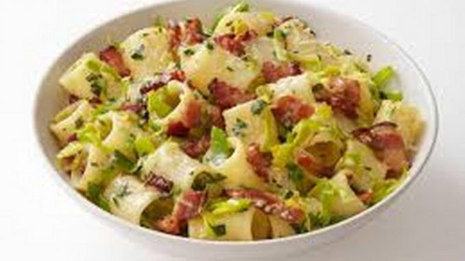 paccheri zucchine pancetta e panna